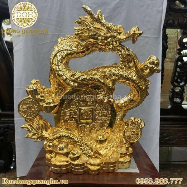 Tượng rồng mạ vàng